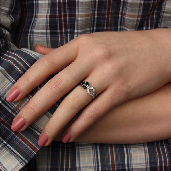 Ювелирное кольцо из серебра 925 пробы с сапфирами и бриллиантами RDS-6536Ag