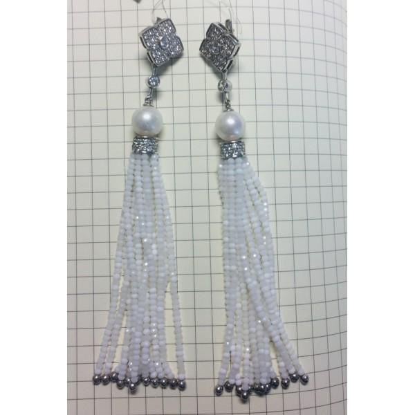 Ювелирные серьги из эксклюзивной линии с жемчугом, белыми сапфирами и кисточками рисового жемчуга ESwP-00616Ag