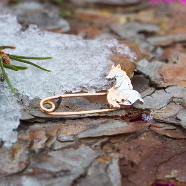 """Золотая булавка """"Лиса"""" из серии Тотемные Животные Pin-7913"""