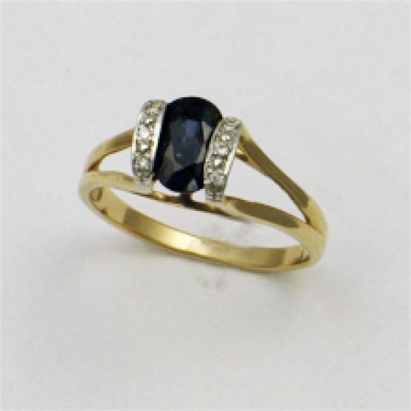 Ювелирное кольцо из красного золота 585 пробы с сапфиром и бриллиантами RS-17105