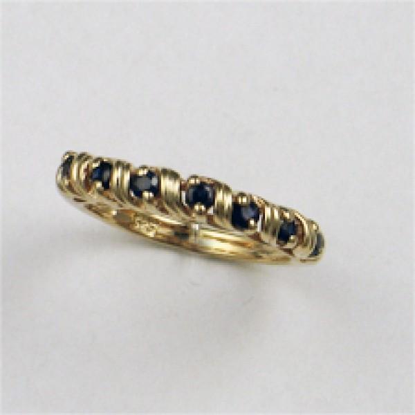 Ювелирное кольцо из красного золота 585 пробы с сапфирами RS-6108