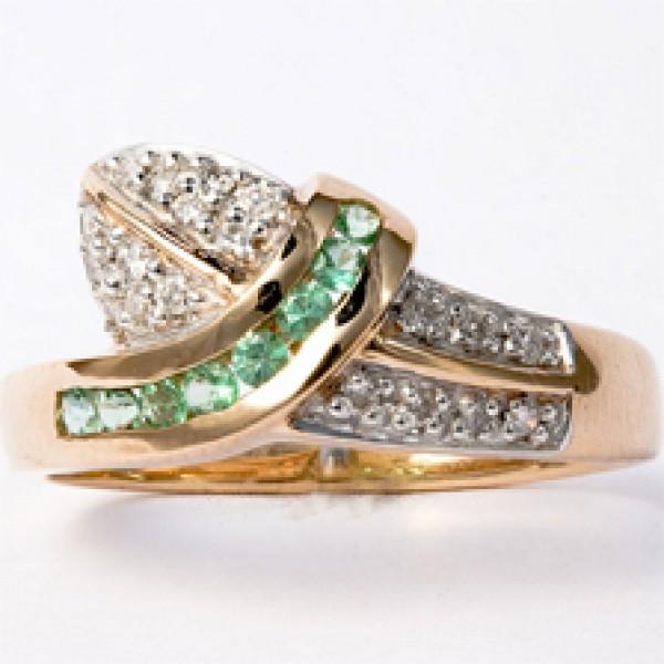 Ювелирное кольцо из красного золота 585 пробы с изумрудами и бриллиантами RE-925