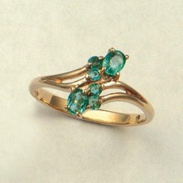 Ювелирное кольцо из красного золота 585 пробы с изумрудами RE-6003