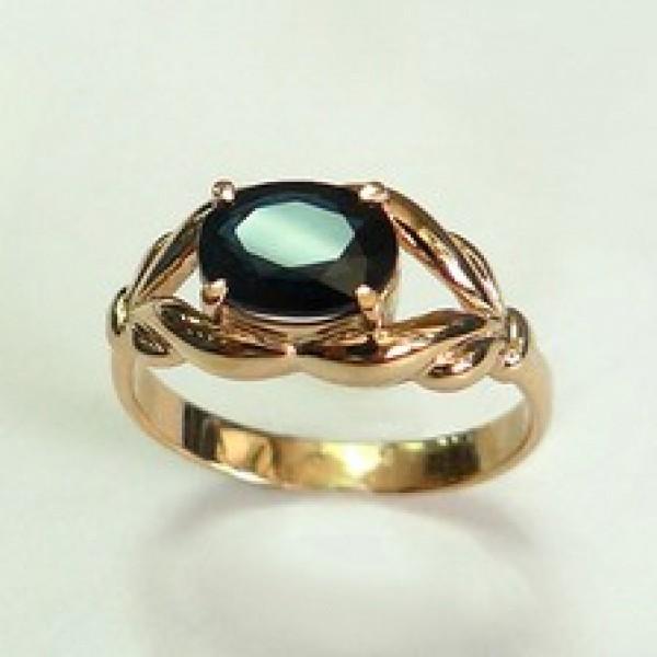 Ювелирное кольцо из красного золота 585 пробы с сапфиром RS-6599