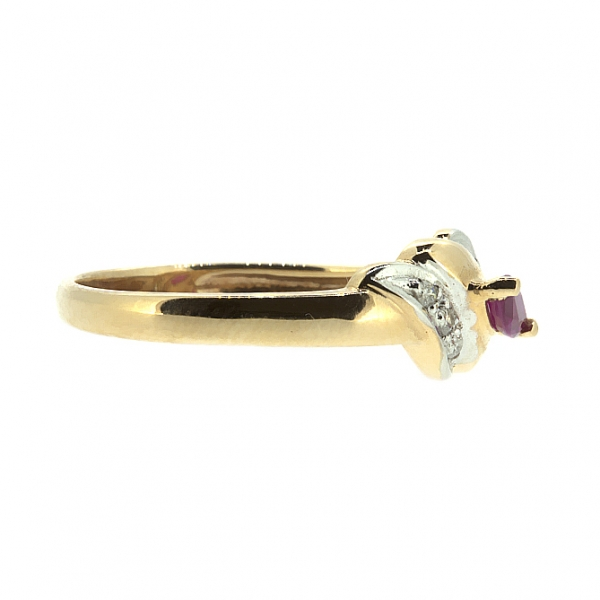 Ювелирное кольцо из красного золота 585 пробы с рубином и бриллиантами RR-9006