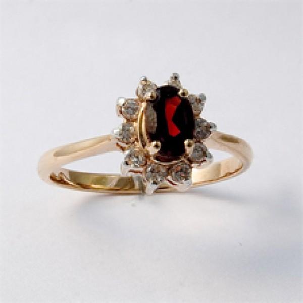 Ювелирное кольцо из красного золота 585 пробы с гранатом и бриллиантами RGn-4235