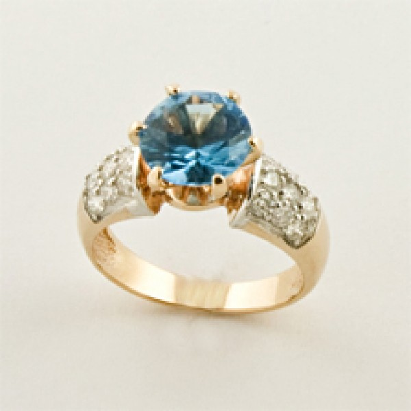 Ювелирное кольцо из красного золота 585 пробы с топазом и бриллиантами RT-6507