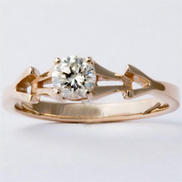 Ювелирное кольцо из красного золота 585 пробы с бриллиантом RD-6265