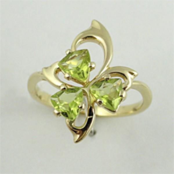 Ювелирное кольцо из жёлтого золота 585 пробы с хризолитами RPd-6617y
