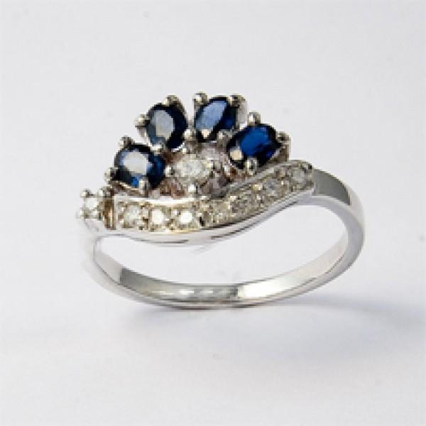 Ювелирное кольцо из белого золота 585 пробы с сапфирами и бриллиантами RS-6403w