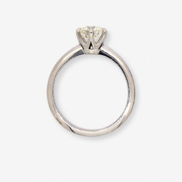 Ювелирное кольцо из белого золота 585 пробы с бриллиантом RD-6337w