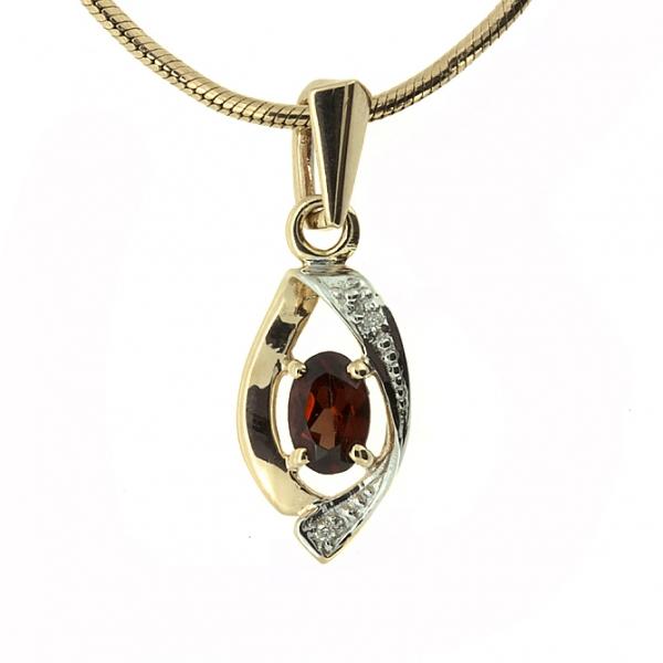 Ювелирная подвеска из красного золота 585 пробы с гранатом и бриллиантами PGn-6052
