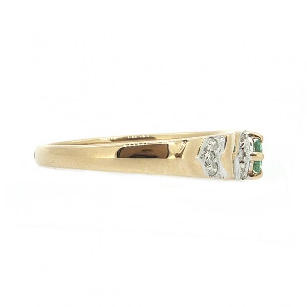 Ювелирное кольцо из красного золота 585 пробы с изумрудом и бриллиантами RE-9026