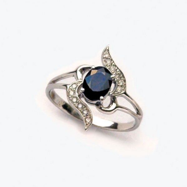 Ювелирное кольцо из белого золота 585 пробы с сапфиром и бриллиантами RS-5511w