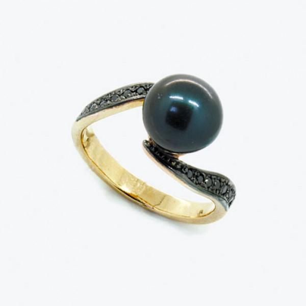 Ювелирное кольцо из красного золота 585 пробы с чёрным жемчугом и чёрными бриллиантами RDbPb-6267