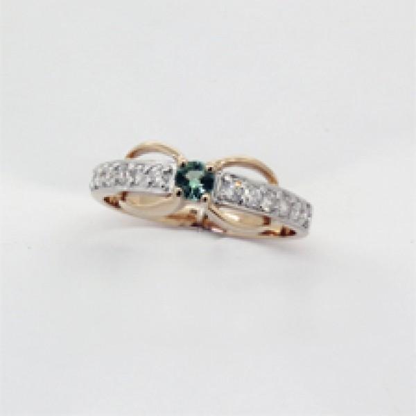 Ювелирное кольцо из красного золота 585 пробы с изумрудом и бриллиантами RE-6504