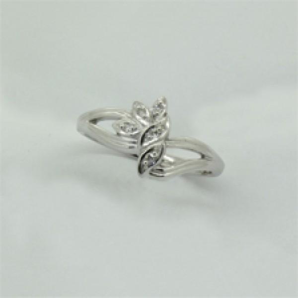 Ювелирное кольцо из белого золота 585 пробы с бриллиантами RD-1089w