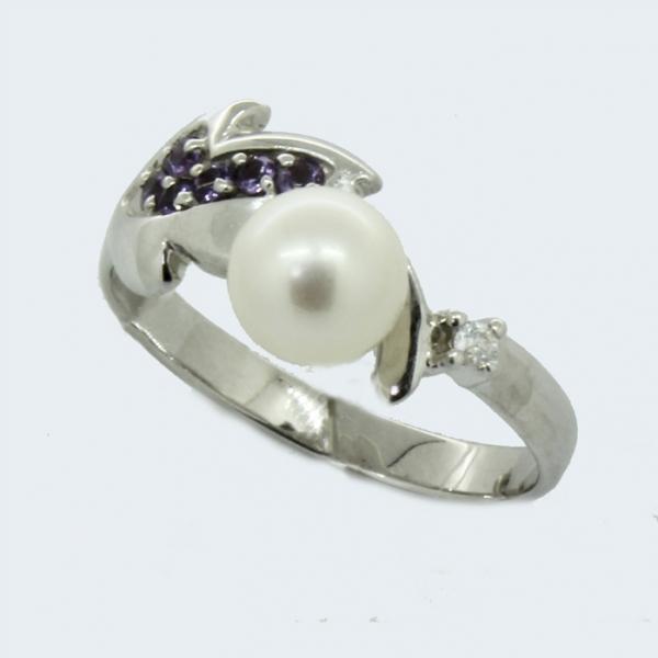Ювелирное кольцо из белого золота 585 пробы с жемчугом, аметистами и бриллиантом RDPAm-6667w