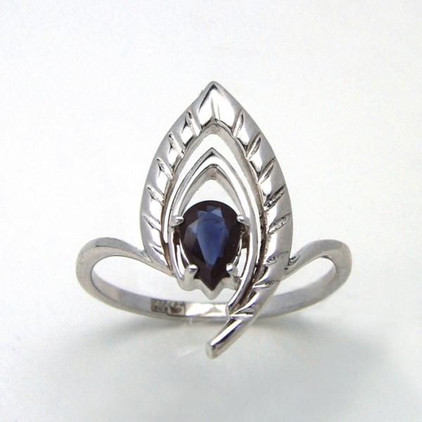 Ювелирное кольцо из белого золота 585 пробы с сапфиром RS-6635w