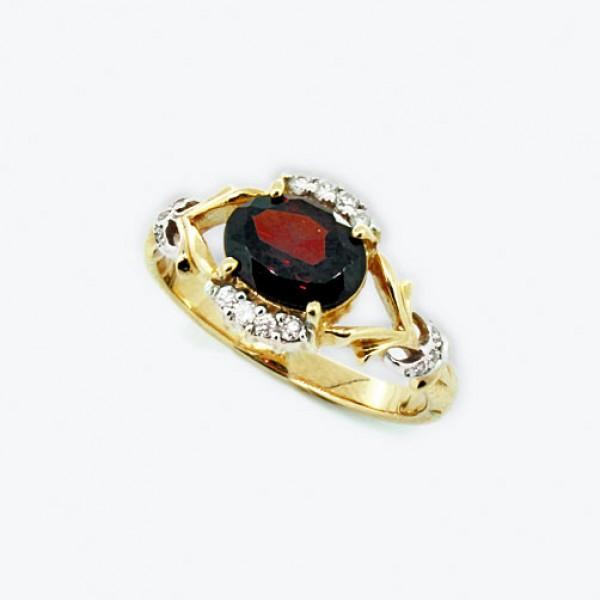Ювелирное кольцо из красного золота 585 пробы с гранатом и бриллиантами RGn-6640