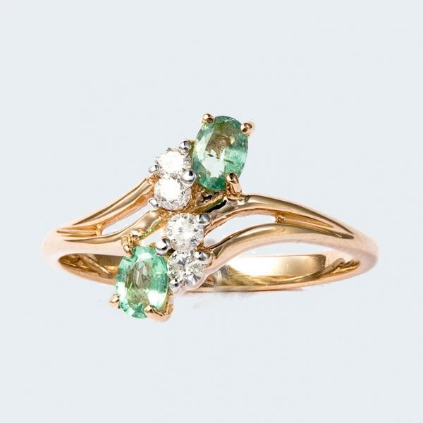 Ювелирное кольцо из красного золота 585 пробы с изумрудами и бриллиантами RDE-6003