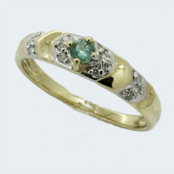 Ювелирное кольцо из жёлтого золота 585 пробы с изумрудом и бриллиантами RE-9026y