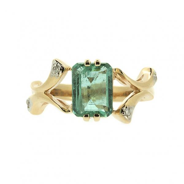 Ювелирное кольцо из красного золота 585 пробы с изумрудом и бриллиантами RE-6264
