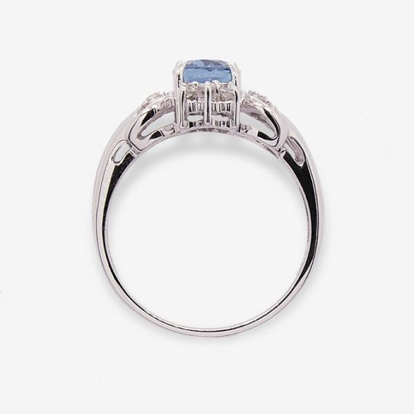 Ювелирное кольцо из белого золота 585 пробы с топазом и бриллиантами RT-1101w