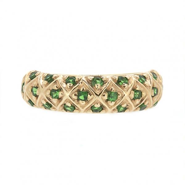 Ювелирное кольцо из красного золота 585 пробы с зелеными гранатами RTsav-6562