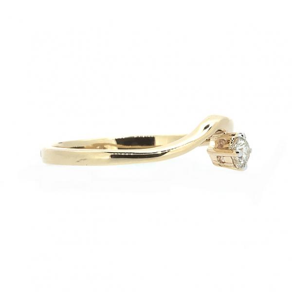 Ювелирное кольцо из красного золота 585 пробы с бриллиантом RD-5537