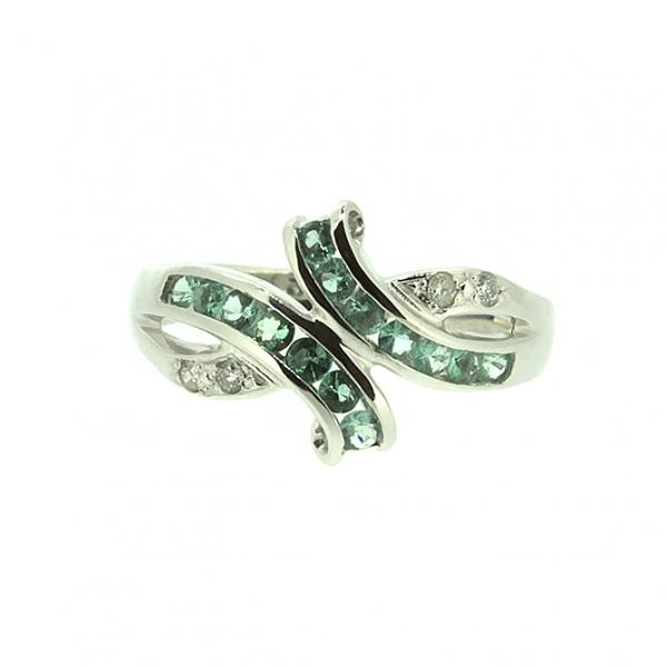 Ювелирное кольцо из белого золота 585 пробы с изумрудами и бриллиантами RE-6116w