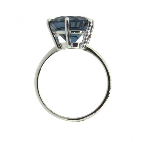 Ювелирное кольцо из белого золота 585 пробы с Лондон-топазом RTL-5531w