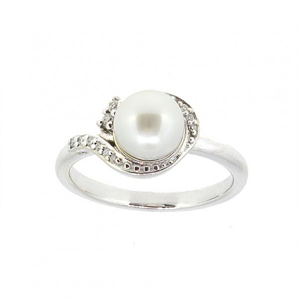 Ювелирное кольцо из белого золота 585 пробы с жемчугом и бриллиантами RDP-5579w