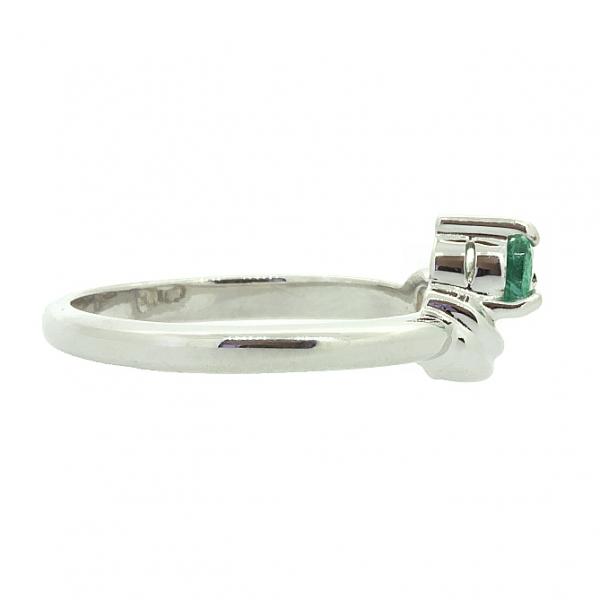Ювелирное кольцо из серебра 925 пробы с изумрудом RE-6011Ag