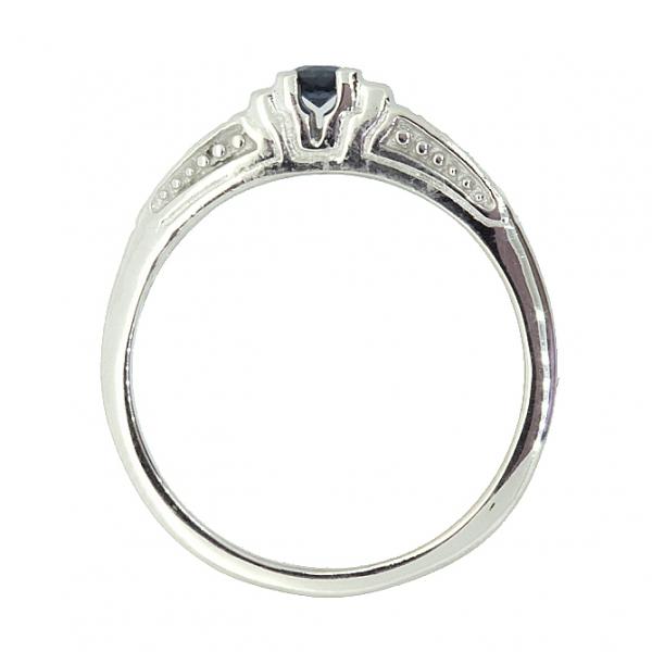 Ювелирное кольцо из серебра 925 пробы с сапфиром и бриллиантами RDS-6088Ag