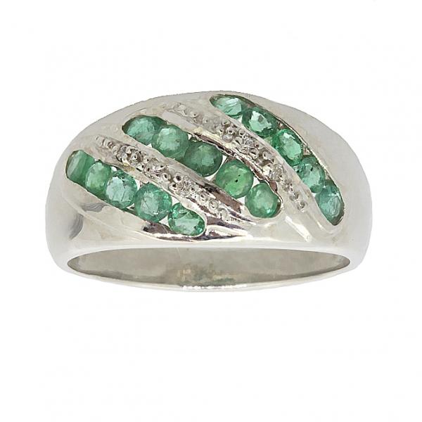 Ювелирное кольцо из серебра 925 пробы с изумрудами и бриллиантами RDE-6133Ag