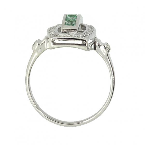 Ювелирное кольцо из серебра 925 пробы с изумрудами и бриллиантами RDE-6160Ag