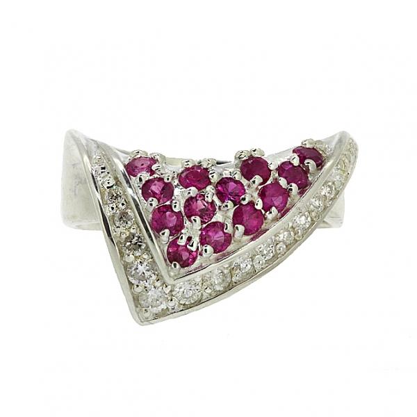 Ювелирное кольцо из серебра 925 пробы с рубинами и фианитами RCzR-6005Ag