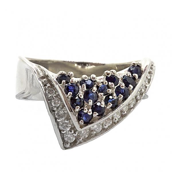 Ювелирное кольцо из серебра 925 пробы с сапфирами и фианитами RCzS-6005Ag