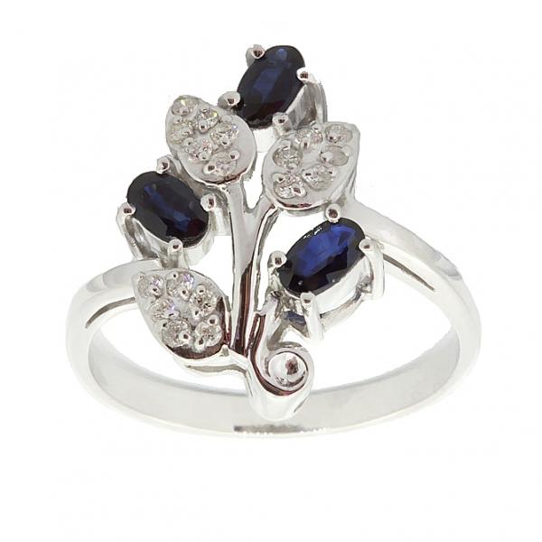 Ювелирное кольцо из серебра 925 пробы с сапфирами и бриллиантами RDS-6152Ag