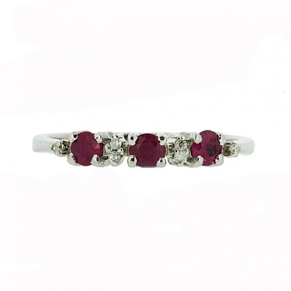 Ювелирное кольцо из серебра 925 пробы с рубинами и бриллиантами RDR-6658Ag
