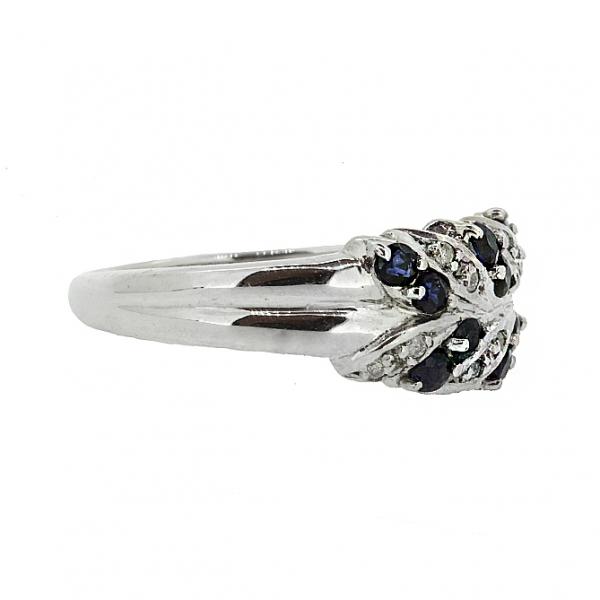 Ювелирное кольцо из серебра 925 пробы с сапфирами и бриллиантами RDS-15089Ag