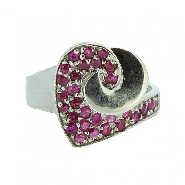 Ювелирное кольцо из серебра 925 пробы с рубинами RR-6451Ag