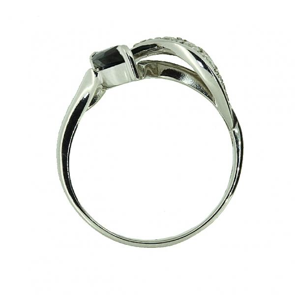 Ювелирное кольцо из серебра 925 пробы с сапфиром и бриллиантами RDS-6520Ag