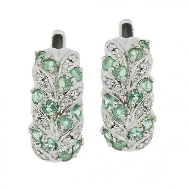 Серебряные серьги 925 пробы с изумрудами и бриллиантами EDE-15431Ag